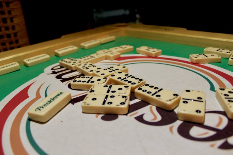 Domino, traditional Dominican pass-time activity/©dariasdiaries